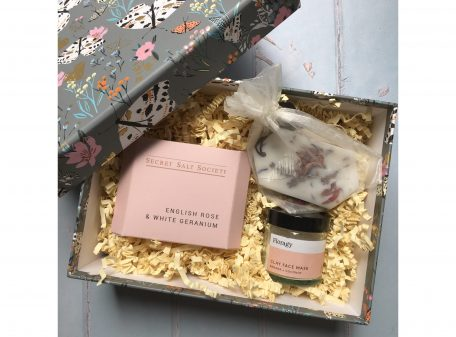 Curated gift box for birthdays and thank you presents. Includes Secret Salt Society bath infusion, Floragy face mask and wax tablet.